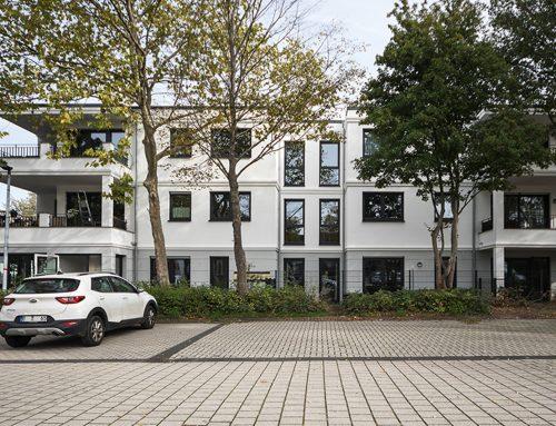 """2020, Moers, Mehrfamilienhaus """"Alter Bahnhof"""" mit Ladenlokal"""